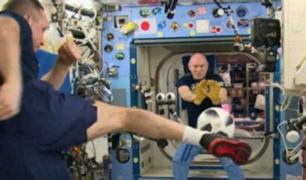 Balón del Mundial llega a la Tierra después de estar en el espacio