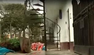 SJM: municipio aún no retira escaleras y rejas instaladas sobre veredas