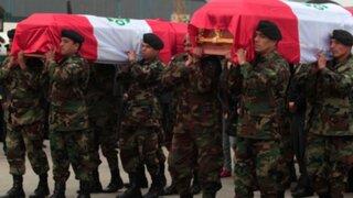Llegan a Lima restos de policías asesinados en emboscada terrorista