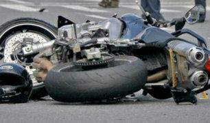 Chimbote: motociclistas sobreviven tras chocar frontalmente