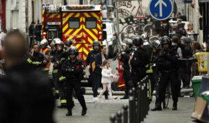 Sujeto  se atrincheró con al menos tres rehenes en el centro de París
