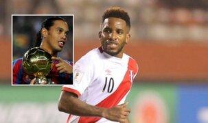 Ronaldinho le manda mensaje  a Jefferson Farfán y delantero le responde esto