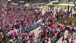 VIDEOS: Miles de hinchas llegaron al Mordovia Arena para alentar a la bicolor