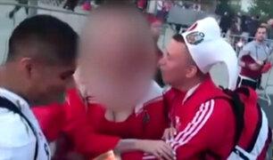 Hinchas peruanos acosan y denigran a jóvenes rusas