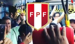 Rusia: hinchas de la Blanquirroja cantan en tren rumbo a Ekaterimburgo