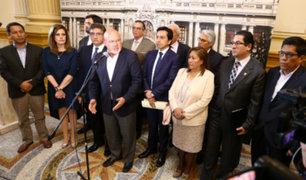 Continúa tensión entre bancada Peruanos por el Kambio y Ejecutivo