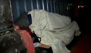 Conozca cómo soportan el frío las personas sin hogar en Lima