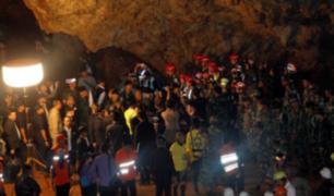Tailandia: entrenador de niños atrapados en cueva pide perdón a los padres