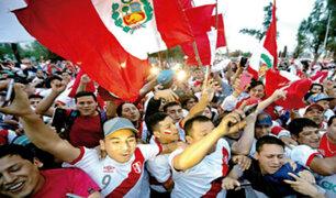 Sochi: celebraciones de la hinchada peruana antes y después del partido