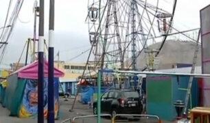Feria de juegos infantiles invade la vía pública en Chorrillos
