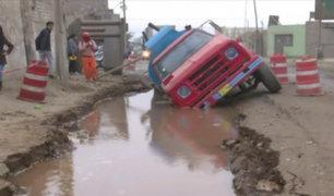 Huachipa: vecinos denunciaron a Sedapal por forado donde cisterna se hundió
