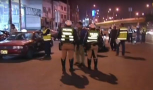 La Victoria: retiran a taxistas que se habían apoderado de pistas en av. México