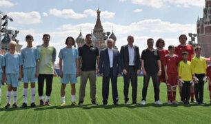 Rusia: Putin e Infantino participan en un partido con leyendas de fútbol