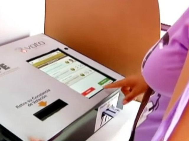 Comisión de Constitución aprueba eliminación del voto electrónico