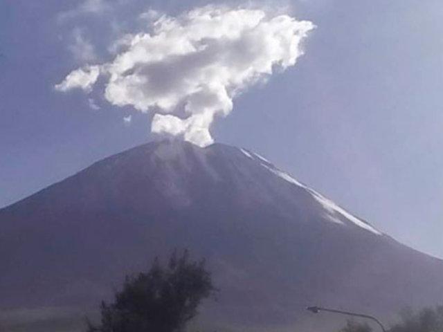 Arequipa: volcán Misti origina cerca de 15 temblores al día