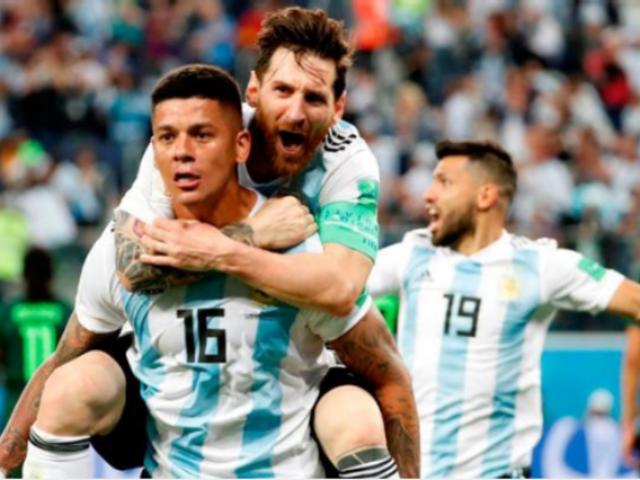 Así celebró la selección argentina tras su pase a octavos de final