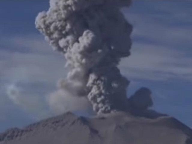 Arequipa: volcán Sabancaya registra más de 40 explosiones al día