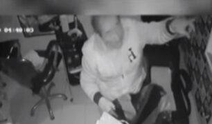 SMP: cámaras ayudarían a identificar a sujetos que robaron peluquería