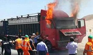 Arequipa: camión se incendia en la vía de Evitamiento