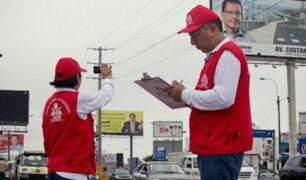 Vecinos mortificados por indebida colocación de publicidad electoral