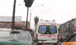 Informe 24: conductores no ceden el paso a las ambulancias ante una emergencia
