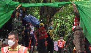 Tailandia: Avanza rescate de niños atrapados en cueva