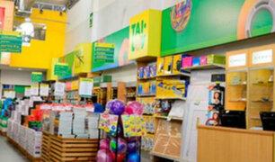 Cercado de Lima: cámaras de seguridad captan robo en conocida librería