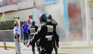 Arequipa: fábrica de hielo se incendia tras cortocircuito