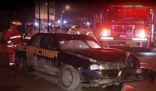Taxista choca su auto y se da a la fuga en Av. Circunvalación