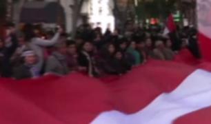 Miles de personas tomaron las calles de Lima durante la marcha contra la corrupción