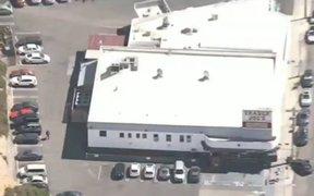 Alarma en EEUU: reportan tiroteo y toma de rehenes en una tienda de Los Ángeles