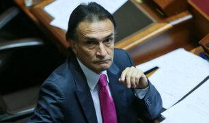 Acusaciones Constitucionales aprobó investigación contra Héctor Becerril