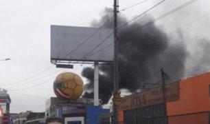 La Victoria: se registra incendio de bus en la avenida 28 de Julio