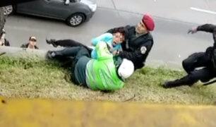 La Victoria: agentes de la policía frustran suicidio de mujer en la Vía Expresa