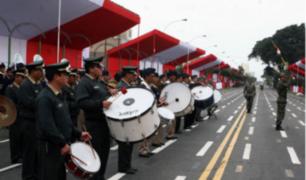 Ultiman detalles para desfile militar en avenida Brasil