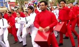 Danzas típicas ponen ritmo y sabor en la previa al desfile patrio