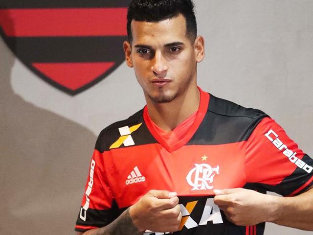 Flamengo tomará estas acciones tras ausencia de Miguel Trauco a los entrenamientos