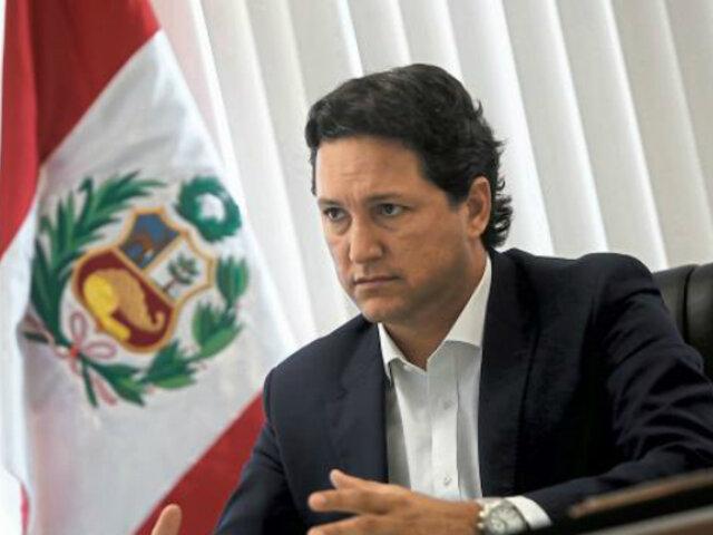"""Daniel Salaverry: es un """"golpe bajo"""" que Vizcarra haya ido al Congreso en mi ausencia"""