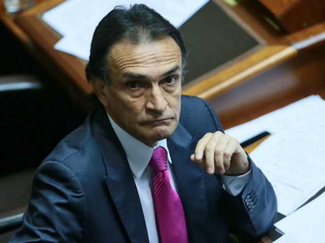 Fiscal revela que Becerril habría recibido hasta S/ 125 mil en coimas