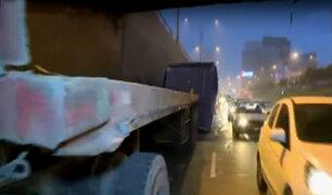 Callao: tráilers no respetan normas de tránsito en la av. Gambetta