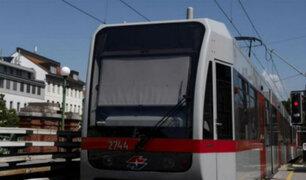 Austria: Regalan desodorantes para combatir el mal olor en metro de Viena