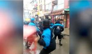 Bronca en Gamarra: ambulantes se niegan a pagar y se enfrentan a serenos