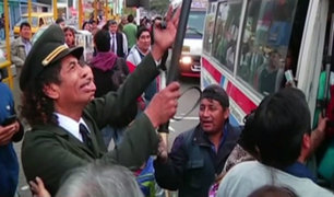 El policía 'Cachay' sale a las calles para combatir la corrupción y delincuencia.