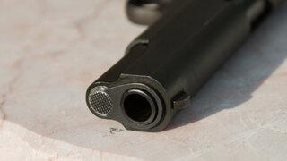 Surco: sujeto apunta con arma de fuego a cuidador de perros