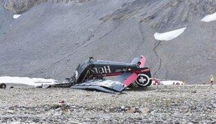 Mueren 20 personas tras estrellarse un antiguo avión militar en Suiza