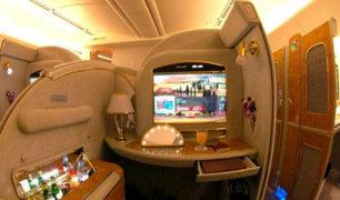 André Carrillo muestra lujoso avión en el que viajó de regreso a Arabia