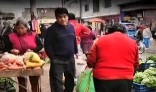 Ambulantes toman veredas y generan caos en calles de SMP