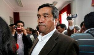 Congresista de APP continúa percibiendo sueldo a pesar de estar prófugo