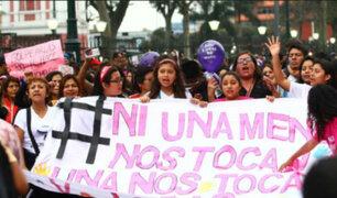 """""""Ni Una Menos"""": colectivos y ciudadanos marcharon contra la corrupción"""