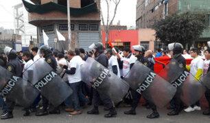 """Cientos de comerciantes de Gamarra realizan """"Marcha contra la corrupción"""""""